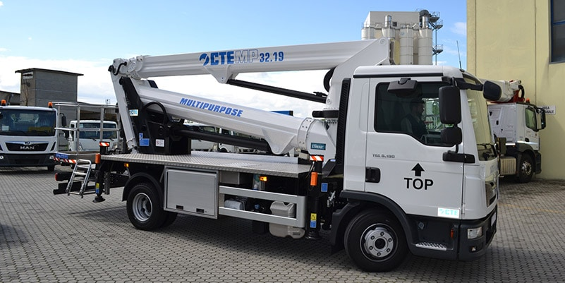 camion con cestello CTE