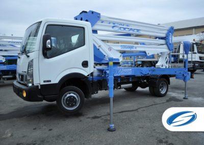 camion nacelle ForSte 24DJ Stabilisateurs verticaux Socage