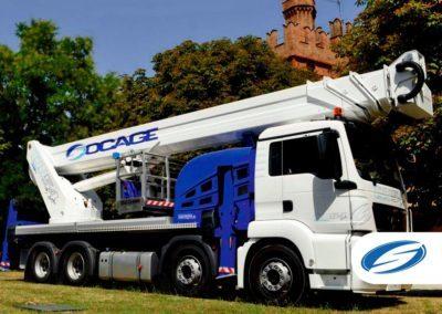 camion con piattaforma elevatrice telescopica jib ForSte 54TJJ right side Socage 400x284 1