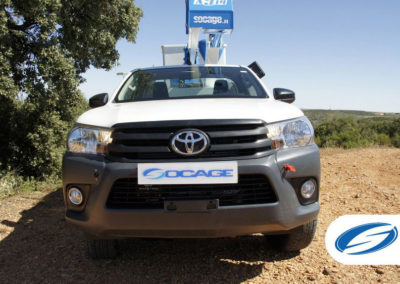 pick up avec panier relevable ForSte 14A TOYOTA HILUX frontal Socage