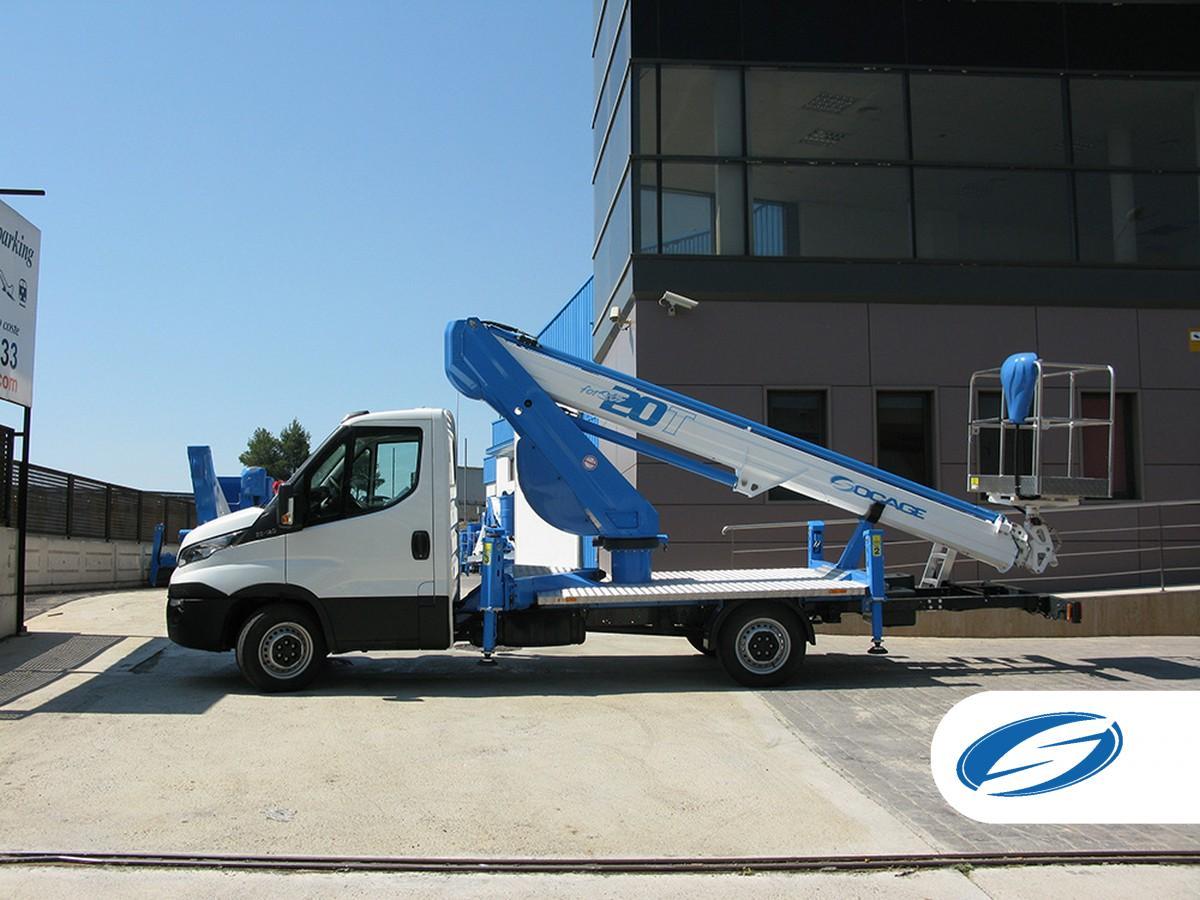 Socage Camionnette nacelle ForSte 20T