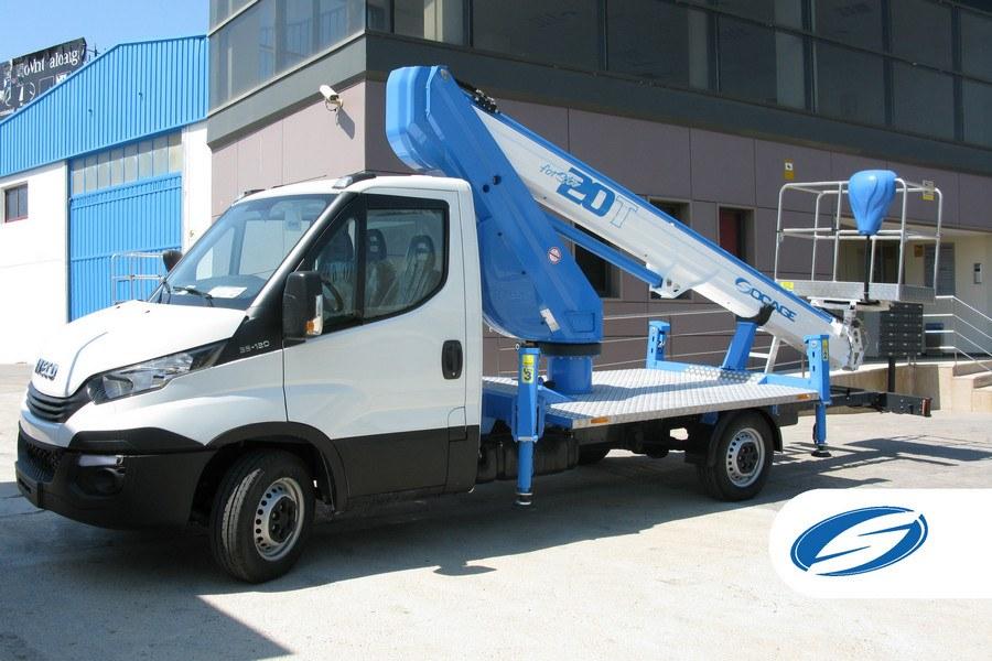 camionnette nacelle ForSte 20T côté Socage