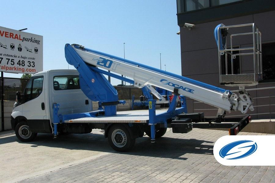 Camionnette nacelle télescopique ForSte 20T
